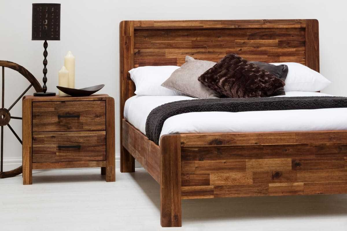 CHESTER  JAVA RUSTIC 5FT KING  BED 60 x 78